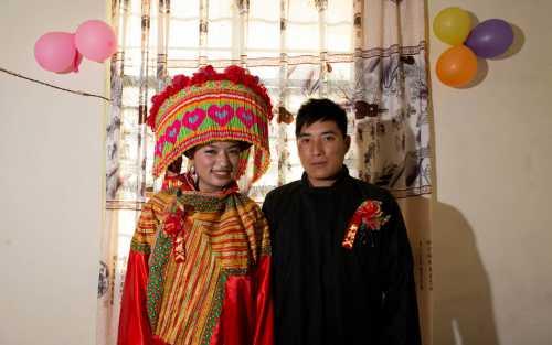 невеста выдвинула странные требования к нарядам худых и полных гостей и опозорилась